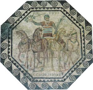 """Mosaico romano, s. II-III d. C., Landesmuseum de Trier (Alemania). En esta bella muestra musivaria, parte central de un conjunto más amplio, se representa al auriga Polydus, de la facción de los """"rojos"""", celebrando el triunfo obtenido con su cuadriga en el circo, como evidencian la corona de laurel que muestra, junto con el látigo, en su mano derecha y la palma que lleva en su mano izquierda. En la parte inferior del mismo, figura el nombre del caballo funalis interior, Compressore. Los colgantes que llevan colgados al cuello los caballos se utilizaban en las carreras como amuletos para evitar  los conjuros de los aurigas rivales."""