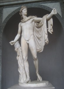 Apolo atribuido a Leocares, siglo IV a.C. Museos Vaticanos, Roma.